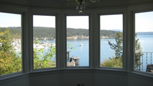 Dining room bay windows
